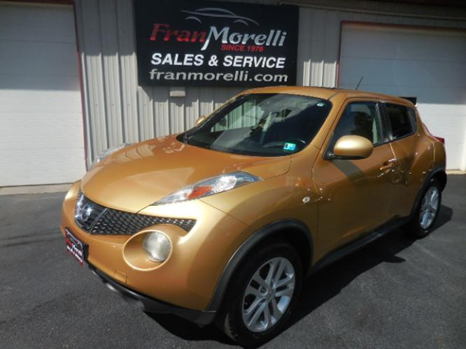 2013 Gold Nissan Juke (JN8AF5MV1DT) with an 4 engine, AUTO transmission, located at 8464 Route 219, Brockway, PA, 15824, (814) 265-1330, 41.226871, -78.780518 - Photo #0